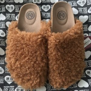 Teddy Slip On Mules Fuzzy Sherpa Camel Brown